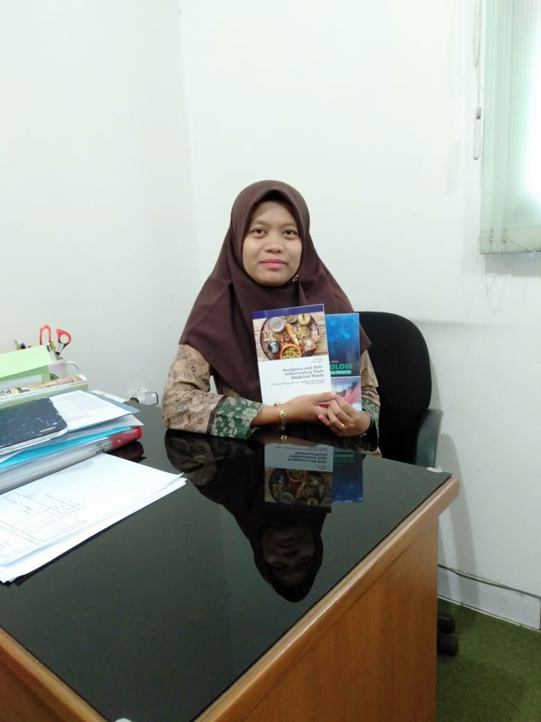 Hasil Penelitian Berbuah Buku Ajar- Dr Evi Sovia, dr., MSi,